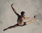 Yukichi Hattori, premier danseur de la compagnie Alberta... (Photo: Paul McGrath) - image 2.0