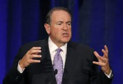 Mike Huckabee... (PHOTO ROSS D. FRANKLIN, ARCHIVES AP) - image 3.1