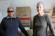 Ghislaine et Danielle Labrosse ont chargé leurs boîtes... (Collaboration spéciale Gilles Gagné) - image 1.0