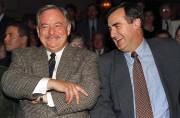 Jacques Parizeau rigole avec Lucien Bouchard lors d'une... (La Presse Canadienne, Ryan Remiorz) - image 2.0