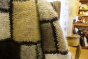 Parmi les exclusivités, des couvertures en poils de... - image 2.1