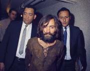 Charles Manson peu de temps après son arrestation... (Archives AP) - image 3.0