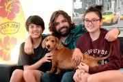 Daniel L. Moisan entouré de ses enfants, Louis,... (Le Soleil, Erick Labbé) - image 1.0