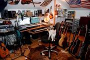 Le musicien a aménagé une pièce de 13... (Le Soleil, Erick Labbé) - image 1.1