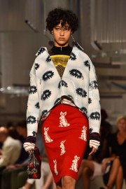 Prada... (PHOTO GABRIEL BOUYS, AFP) - image 1.1