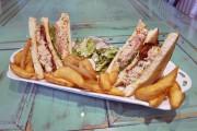 Le club sandwich au homard du Batinse... (Le Soleil, Jean-Marie Villeneuve) - image 1.1