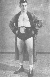 Georges Girard a été champion canadien de lutte... (Archives Le Soleil) - image 1.0