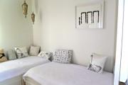 Cette petite chambre d'invité occupe une portion privée... (Photo Michèle Laferrière) - image 2.0