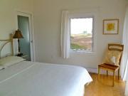 La chambre principale possède plusieurs vues sur la... (Photo Michèle Laferrière) - image 3.0