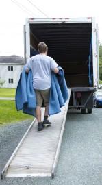Les déménageurs ne chôment pas à ce temps-ci... (Imacom, Julien Chamberland) - image 1.0