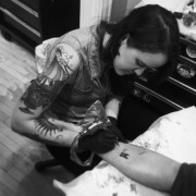 La tatoueuse Hilary Jane Peterson, du studio Tatouage... (PHOTO FOURNIE PAR TATOUAGE ROYAL) - image 5.1