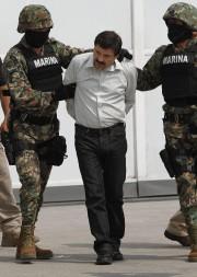 Joaquin Guzman lors de son arrestation en février... (ARCHIVES AP) - image 2.0