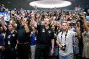 L'équipe de New Horizons célébrait le passage de... (Agence France-Presse) - image 1.1