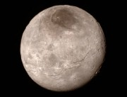 La lune Charon.... (PHOTO AP/NASA) - image 2.0
