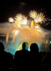La soirée d'hier s'est voulue explosive au lac des... (Imacom, Jessica Garneau) - image 2.0