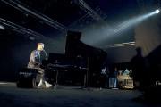 Afin de jouer sur les contrastes, Pierre Lapointe... (Photo Paléo Festival, Boris Soula) - image 1.0
