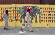 Pendant des années, les murs de la mégalopole... (PHOTO ASIF HASSAN, AFP) - image 2.0
