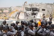Les démolitions mercredi de deux maisons en construction... (PHOTO MENAHEM KAHANA, AFP) - image 1.0