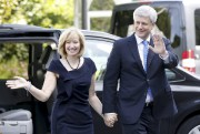 Stephen Harper et son épouse Laureen à leur... (PHOTO BLAIR GABLE, REUTERS) - image 1.0