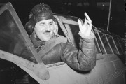 Le lieutenant d'aviation Jean-Paul Joseph Desloges, en janvier... (Archives des Forces armées canadiennes) - image 1.1