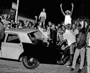 Le 11 août 1965, Marquette Frye, un afro-américain de 21 ans,... (ARCHIVES AP) - image 2.0