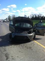 Trois véhicules ont été impliqués dans un accident... (Courtoisie, Service des paramédics d'Ottawa) - image 1.1