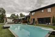 Installées sur divers paliers près de la piscine,... (Photo fournie par Profusion Immobilier) - image 2.1