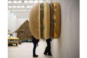 Big Big Mac de Tom Friedman... (PHOTO AFP) - image 2.0