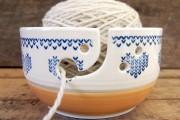 Un bol à tricot en céramique qui fait... (Photo Au bout du rang) - image 1.0