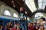 La Hongrie a de nouveau empêché mardi les... (PHOTO ATTILA KISBENEDEK, AFP) - image 1.0