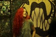 La punk aux cheveux rouge flamboyant du film... (PHOTO FOURNIE PAR LE FFM) - image 2.0