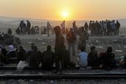 Plus de mille migrants bloqués à... (PHOTO ALEXANDROS AVRAMIDIS, REUTERS) - image 6.0