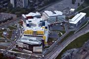 Le parc de stationnement du CUSM, qui comprend... (PHOTO BERNARD BRAULT, archives LA PRESSE) - image 1.0