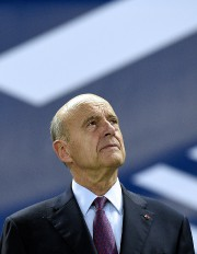 Alain Juppé... (PHOTO AFP) - image 2.0