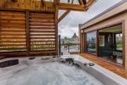À l'étage ajouté au sommet de la maison,... (Photos fournies par Sotheby's International Realty Québec) - image 2.1