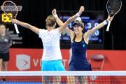 Les championnes du double An-Sophie Mestach et Barbora... (Photo fournie par Coupe Banque Nationale) - image 3.0