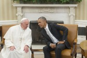 Barack Obama et le pape François dans le... (PHOTO MANDEL NGAN, AFP) - image 3.1