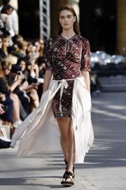 Christian Dior avait un amour notoire pour les... (Photo MIGUEL MEDINA, AFP) - image 3.0