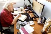 Guy Jean, en pleine séance de... comptabilité et... (Patrick Woodbury, LeDroit) - image 7.0