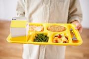 En moyenne, 70% des élèves des écoles primaires dînent à... (PHOTO MASTERFILE) - image 10.0