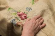 Au Québec, la tapisserie au crochet a pratiquement... (Photo Olivier Pontbriand, La Presse) - image 1.0