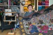 Professeure d'art, Judith Dallegret a choisi la tapisserie... (Photo Robert Skinner, La Presse) - image 2.0