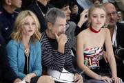Vanessa Paradis, l'artiste Jean-Paul Goude et Lily-Rose Depp.... (Photo Charles Platiau, Reuters) - image 2.0