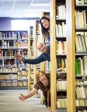 Les auteurs Philppe Béha et Élisabeth Tremblay (en... (Imacom, Jocelyn Riendeau) - image 1.0