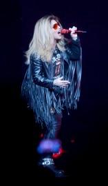 À 50 ans, Shania Twain porte toujours bien... (Le Soleil, Jean-Marie Villeneuve) - image 1.0