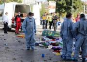 La Turquie sous le choc enterrait dimanche les... (Photo ADEM ALTAN, AFP) - image 3.0