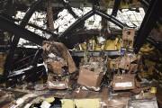 Dans le cockpit, les sièges des pilotes ont... (AFP, Emmanuel Dunand) - image 1.0