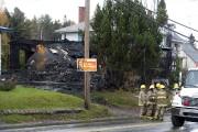 La résidence était tellement ravagée par les flammes... (Photo: Stéphane Lessard, Le Nouvelliste) - image 1.1