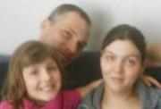 Ulric Jalbert, Sophie Chamberland et leur fille Aurélie... (Tirée de Facebook) - image 1.0