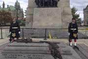 Le caporal Nathan Cirillo (à gauche), 24 ans,... (Courtoisie) - image 2.0